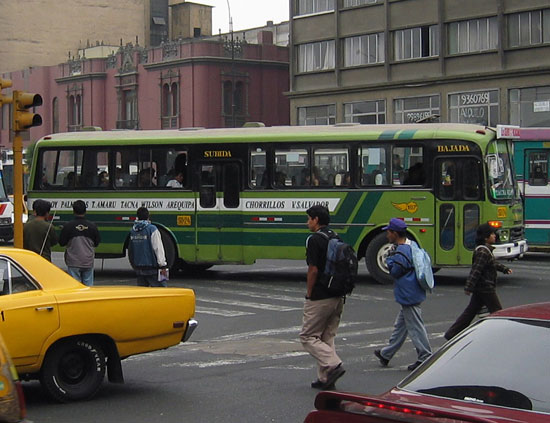 Link to Flickr: Lima bus